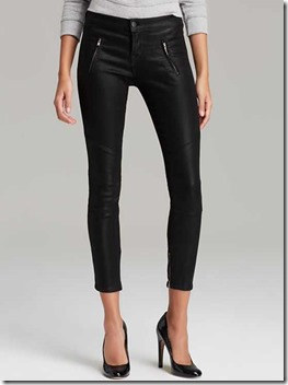 black pants chic